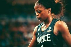 Jugador de básquet de Francia, Olivia Epoupa, durante el mundial 2018 del baloncesto de las mujeres fotos de archivo