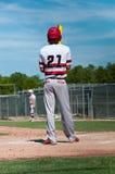 Jugador de béisbol americano para arriba en el palo Imagen de archivo libre de regalías