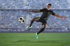 Jugador de fútbol afroamericano imágenes de archivo libres de regalías