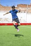 Jugador de fútbol del fútbol Imagen de archivo libre de regalías