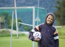 Jugador de fútbol joven Fotografía de archivo libre de regalías