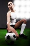 Jugador de fútbol atractivo Fotos de archivo libres de regalías