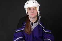 Jugador de hockey masculino adolescente Fotos de archivo libres de regalías
