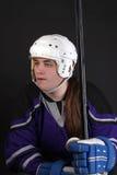 Jugador de hockey masculino adolescente Imagen de archivo libre de regalías