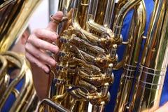 Jugador de la tuba Foto de archivo libre de regalías