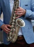 Jugador de saxofón Imágenes de archivo libres de regalías