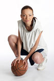 Jugador de sexo femenino de la cesta Foto de archivo libre de regalías