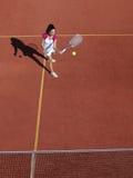 Jugador de tenis con la estafa durante un juego de partido fotografía de archivo libre de regalías