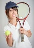 Jugador de tenis de sexo femenino Fotografía de archivo libre de regalías
