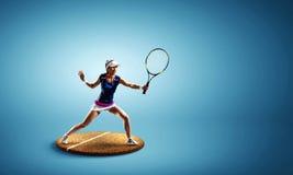 Jugador de tenis grande Técnicas mixtas foto de archivo