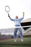 Jugador de tenis mayor Imagenes de archivo