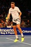 Jugador de tenis profesional Jack Sock de Estados Unidos en la acción durante evento del tenis del aniversario del arreglo de cue Foto de archivo libre de regalías