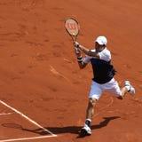 Jugador de tenis profesional Kei Nishikori de Japón durante el segundo partido de la ronda en Roland Garros 2015 foto de archivo