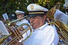 Jugador de trompeta durante el acontecimiento de San Giovanni Fotografía de archivo