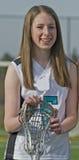 Jugador del lacrosse de las muchachas de la High School secundaria Foto de archivo libre de regalías