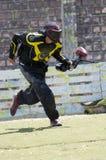 Jugador del Paintball en la acción Fotos de archivo libres de regalías