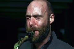 Jugador joven del saxophon Fotografía de archivo