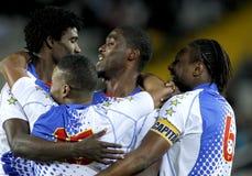Jugadores caboverdianos que celebran meta Fotos de archivo