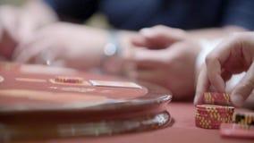 Jugadores en casino almacen de metraje de vídeo