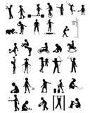 Jugando las siluetas de los niños fijadas Imagen de archivo