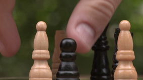 Jugar a ajedrez primer metrajes