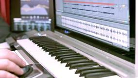 Jugar el teclado almacen de metraje de vídeo