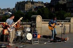 Jugar la banda de la música Fotos de archivo libres de regalías
