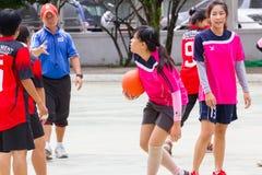 Jugar los deportes para la salud Foto de archivo