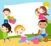 Jugar niños y el marco Fotos de archivo libres de regalías