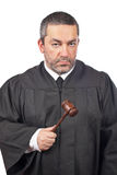 Juge mâle sérieux Photographie stock libre de droits
