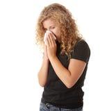 Jugendlich Frau mit Allergie Stockbilder