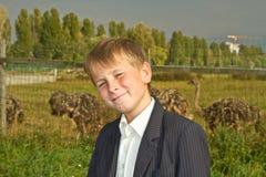 Jugendlich Junge lizenzfreie stockfotos
