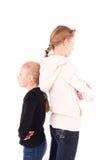 2 jugendlich Mädchen auf einem weißen Hintergrund stockfoto