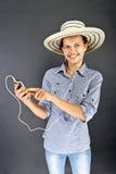 Jugendlich-Mädchen-Listen-Musik Lizenzfreie Stockfotografie