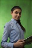 Jugendlich Mädchen mit Stapel Büchern stockbilder