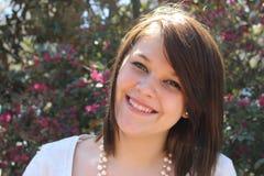 Jugendlich Mädchenlächeln Stockfoto