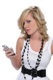 Jugendlich Mädchenprüfungsnachrichtenübermittlung Lizenzfreie Stockbilder