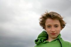Jugendlich Portrait auf dem Wind Lizenzfreie Stockfotos
