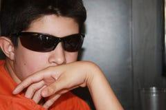 Jugendlich Spion lizenzfreie stockfotos