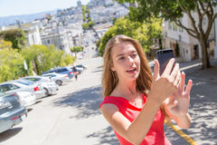 Jugendliche, die selfie nimmt Stockfotos