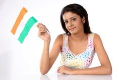 Jugendliche mit indischer Markierungsfahne Lizenzfreie Stockfotografie