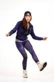 Jugendlicher in der Hip-Hop-Ausstattung Lizenzfreies Stockfoto