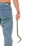 Jugendlicher hält Kurvenstück Eisen an Stockbild
