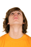 Jugendlicher schaut aufwärts Stockfotos