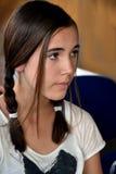 Jugendlichmädchen besorgt schauen lizenzfreies stockbild