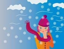 Jugendlichmädchen im Winterwind Stockfotos