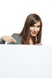 Jugendlichmädchengriff-Weißleeres papier Lizenzfreie Stockfotos