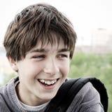 Jugendlichportrait im Freien Stockbilder