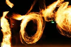 Jugglers van de brand, Koh Samet, Thailand. Royalty-vrije Stock Afbeelding