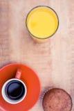 Jugo con café y el mollete Fotografía de archivo libre de regalías